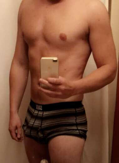 26 Bi discreet, Chill guy. - Bi Male Escort in Vancouver - Main Photo