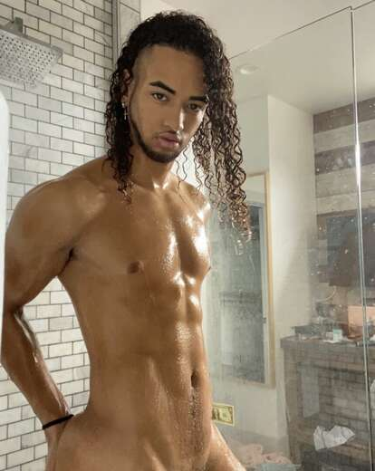 6'4 Hung Rican Papi 😈👅💦 - Gay Male Escort in Miami - Main Photo